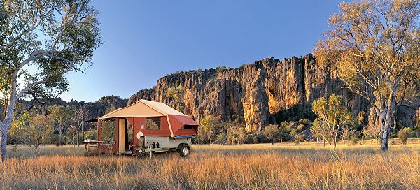 3dog camping soll teil der erwin hymer group werden. Black Bedroom Furniture Sets. Home Design Ideas